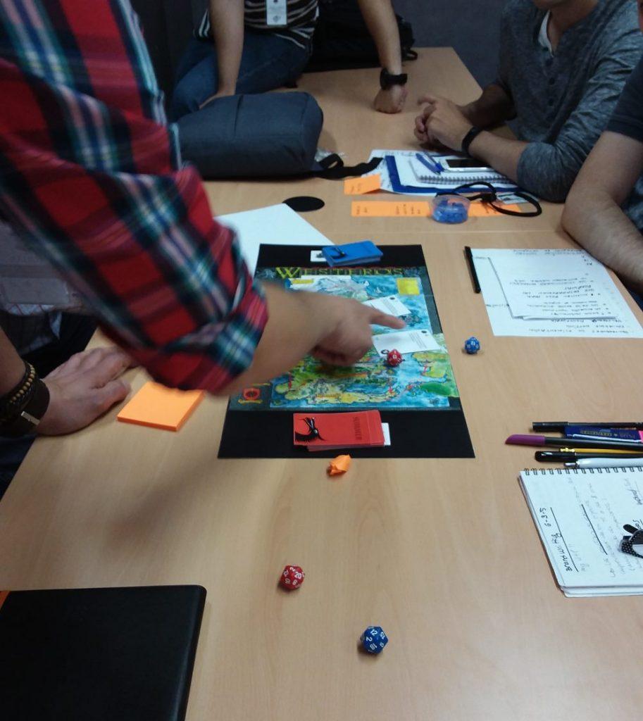 juego tronos proyectos sevilla riesgos1